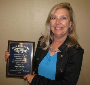 2013 Blue Fin Award Presented to Kay Killian